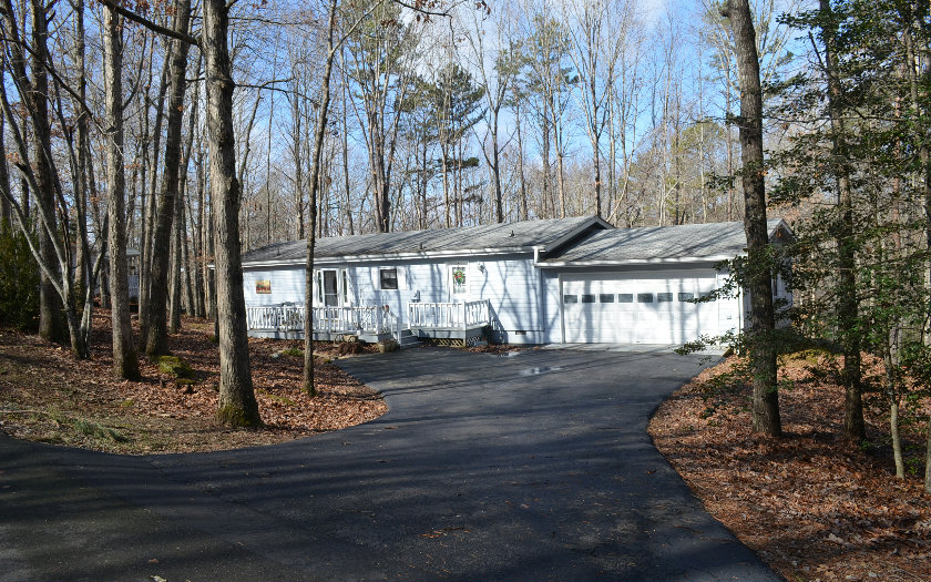 Lake nottely real estate houses cabins cottages for sale for Mobili cabina blairsville ga