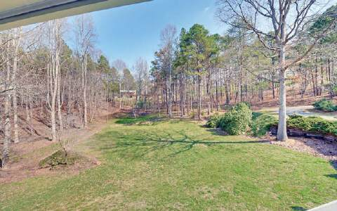Photo 2 for Listing #266304