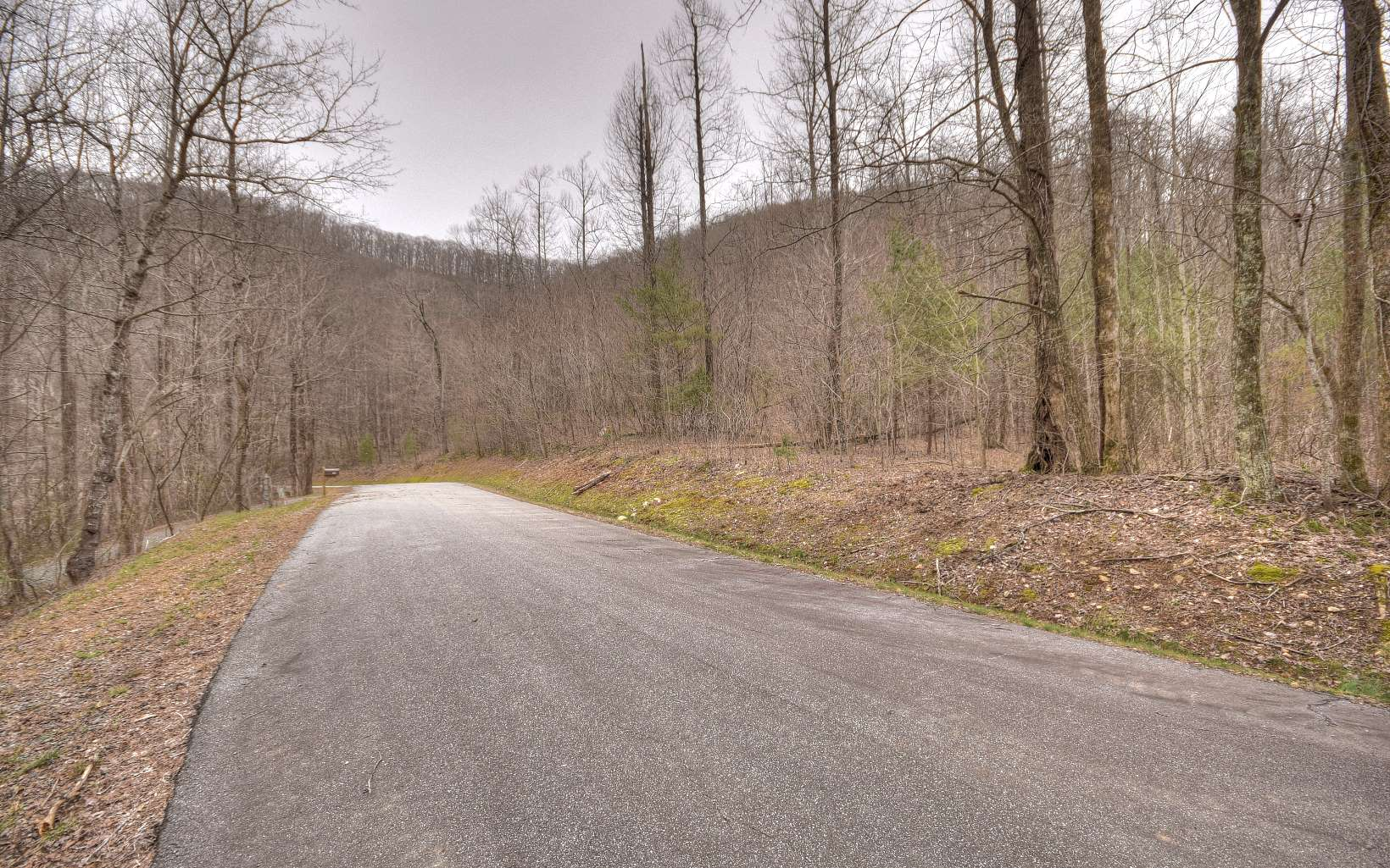 29AC  HIDDEN VALLEY DRIVE