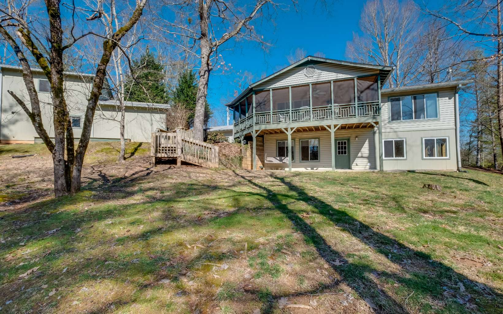 43  FOX HUNTER TRAIL
