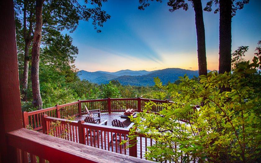 331 MEMORY LANE ,Blue Ridge,Georgia 30522,3 Bedrooms Bedrooms,3 BathroomsBathrooms,Residential,MEMORY LANE,272511