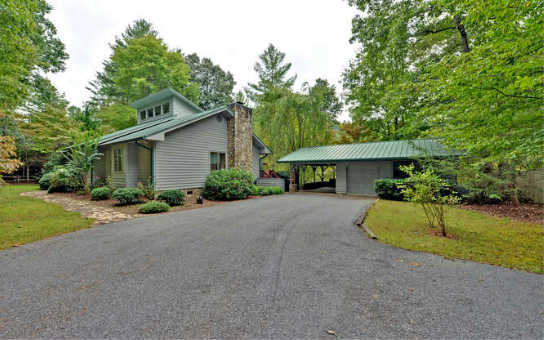 6765  MOUNTAIN LAUREL ROAD, HIAWASSEE, GA