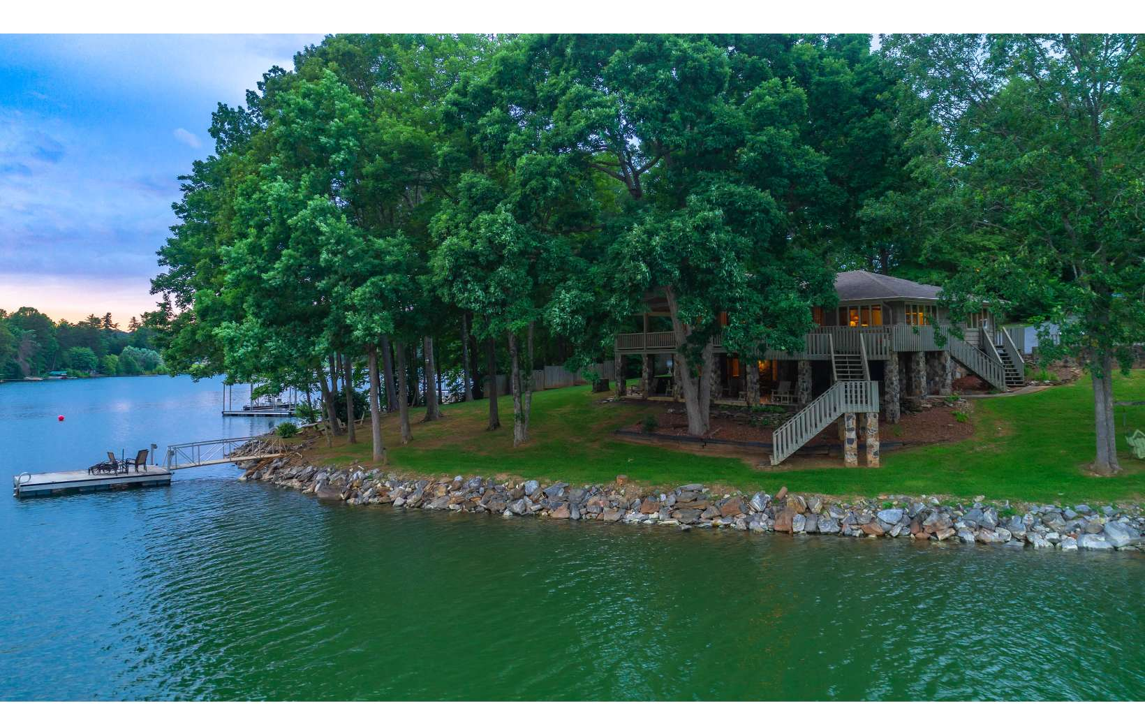 62  PINEY POINT LANDING