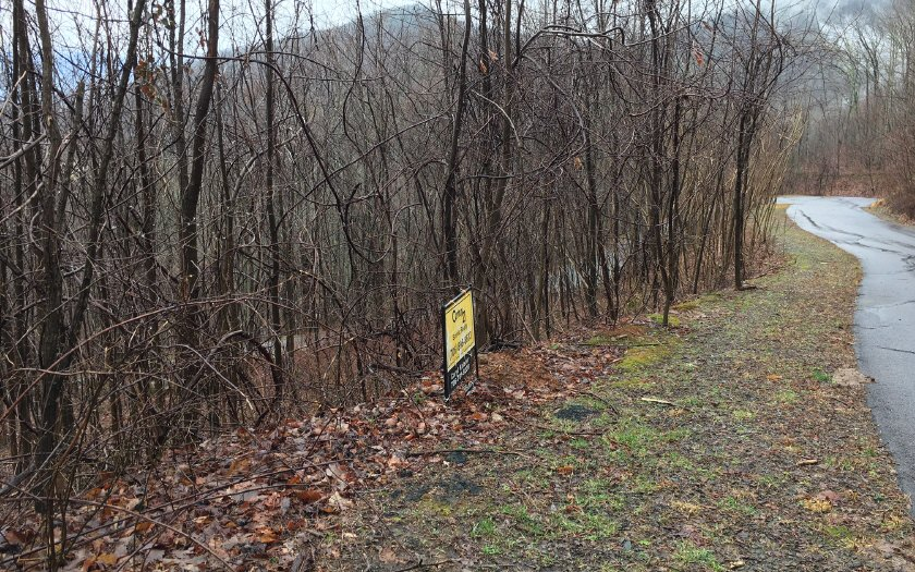LOT40  OVERLOOK AT Y.H.