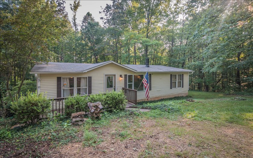 643  EAGLES NEST TRAIL