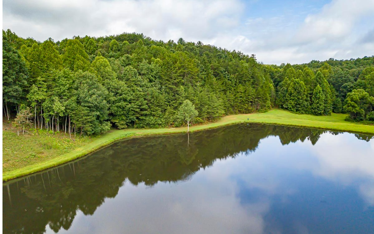 6+AC  LIVING WATERS DR