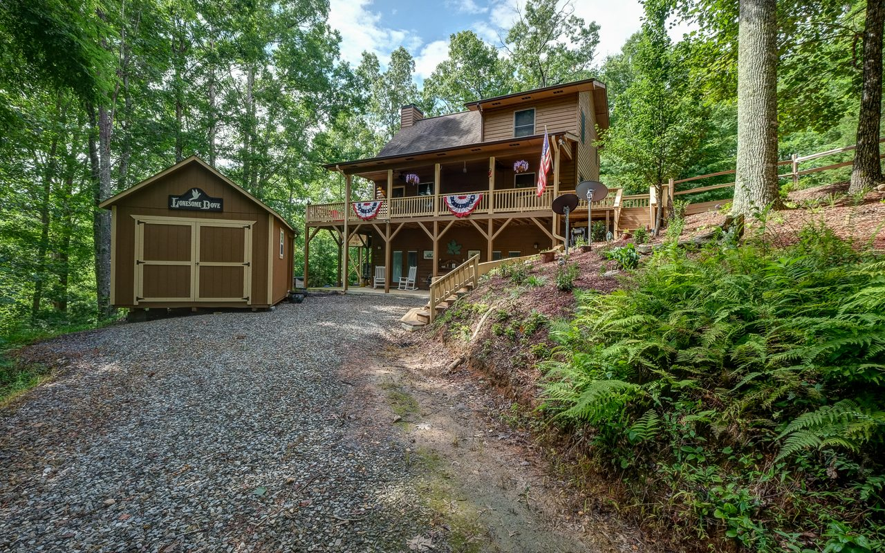 177  CARVERS VIEW TRAIL