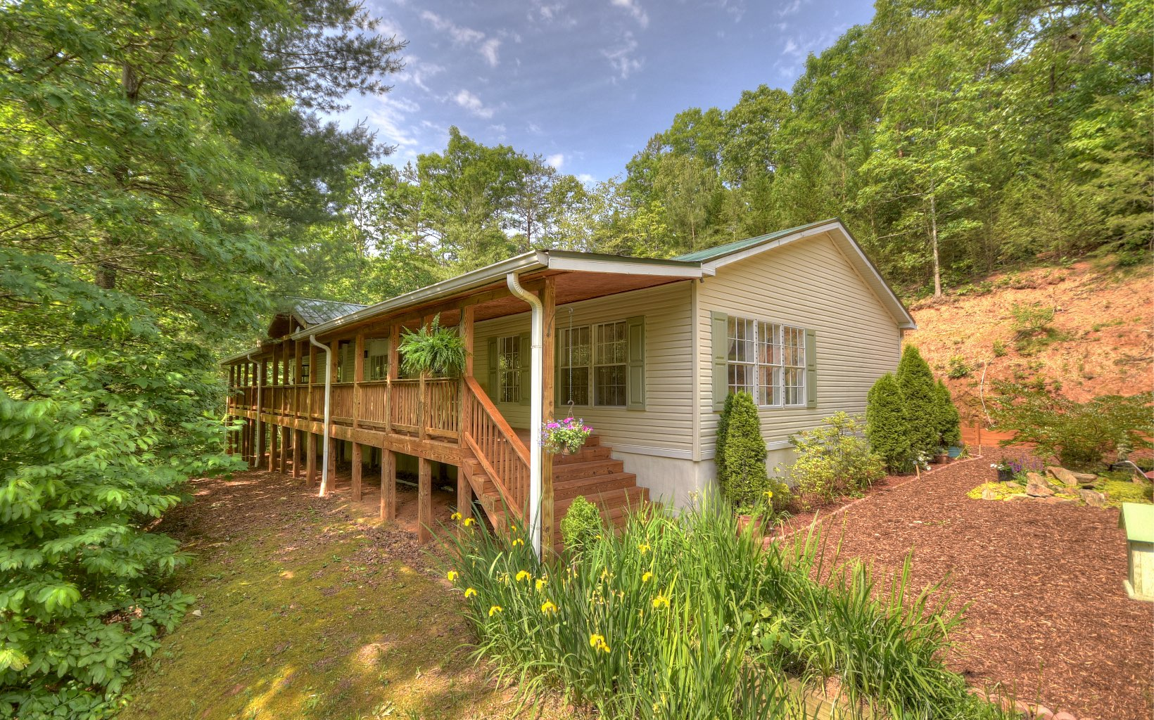 379  OLD WOODRING RD