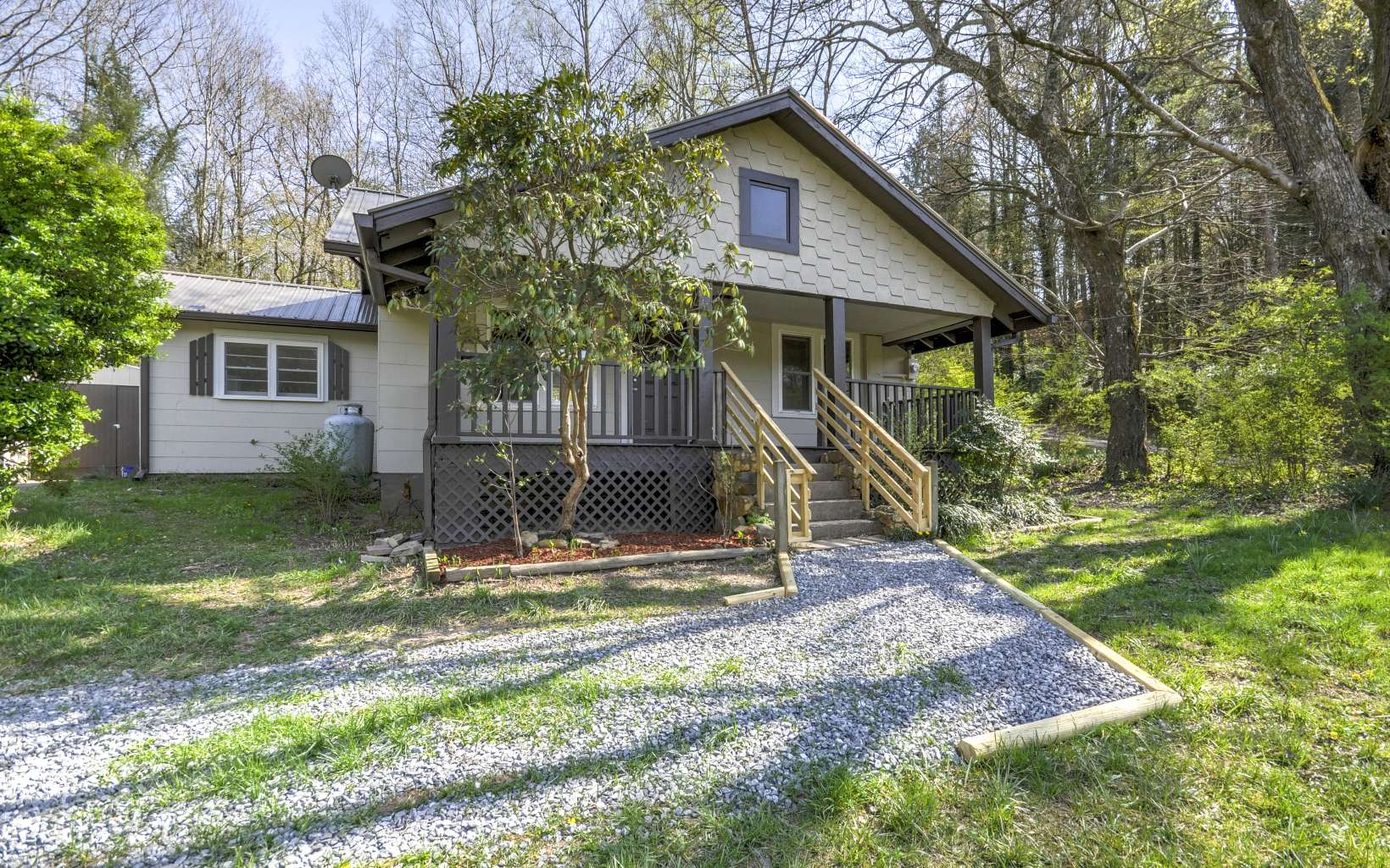 223  OLD STATE ROAD