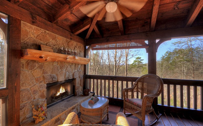 488  TOCCOA RIVER FOREST
