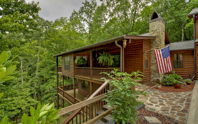 843 MOUNTAIN OAK ROAD, Ellijay, GA 30536