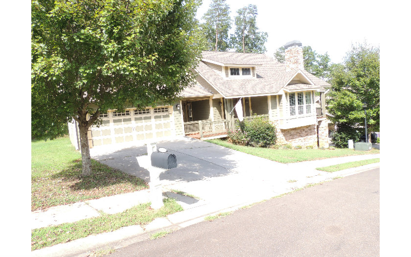 140  SUMMIT VIEW DR