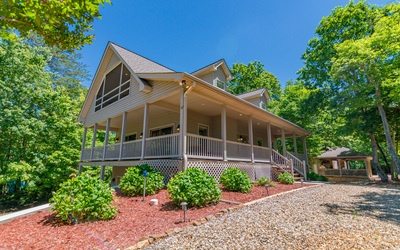 62  W WHISPERING PINES