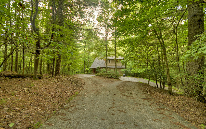 263 INDIAN CAVE ROAD, Ellijay, GA 30536