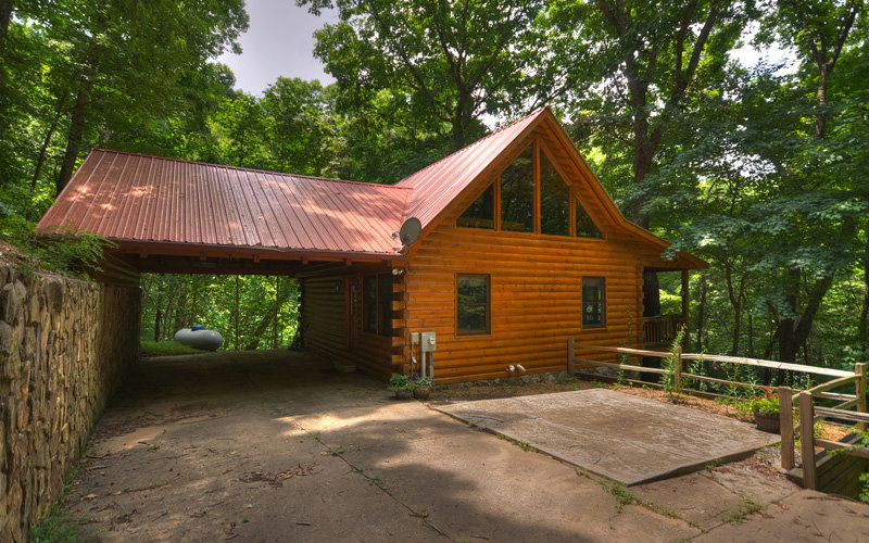 95 SCENIC HOLLOW LANE, Blue Ridge, GA 30513