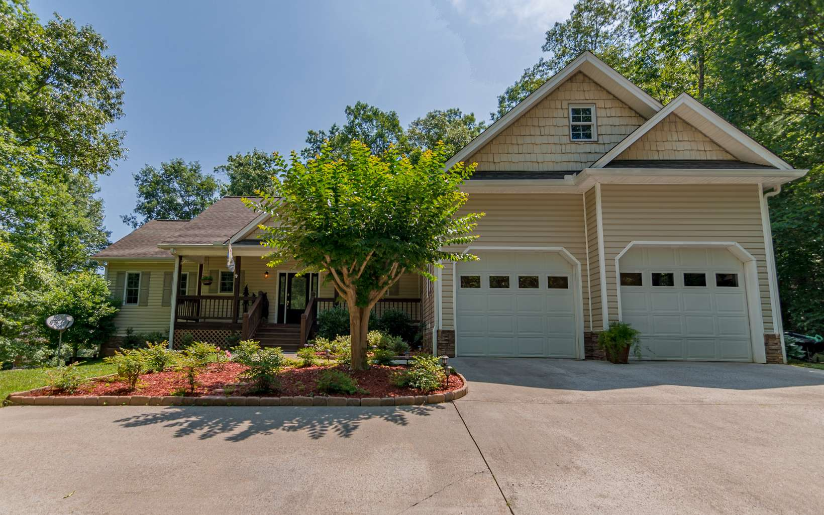 153  RIDGEVIEW TRAIL