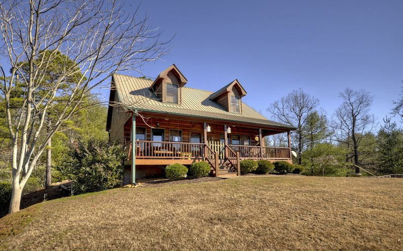 578  TOCCOA RIVER FOREST