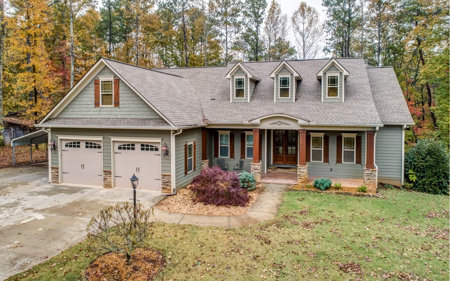 101  MONTVIEW DRIVE