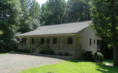 141  BUTTERFLY LANE, HAYESVILLE, NC