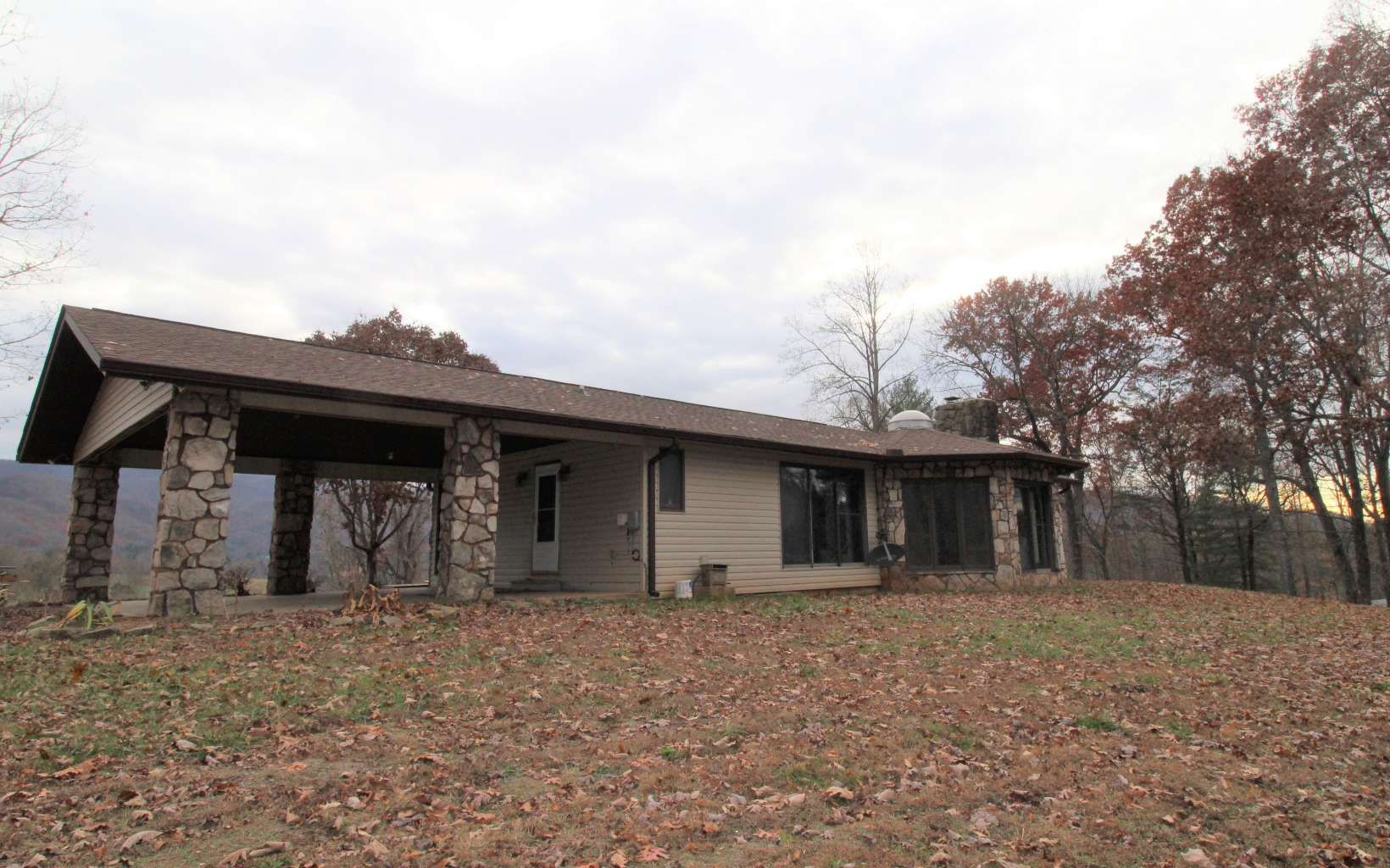 3887  OLD HWY 64 E
