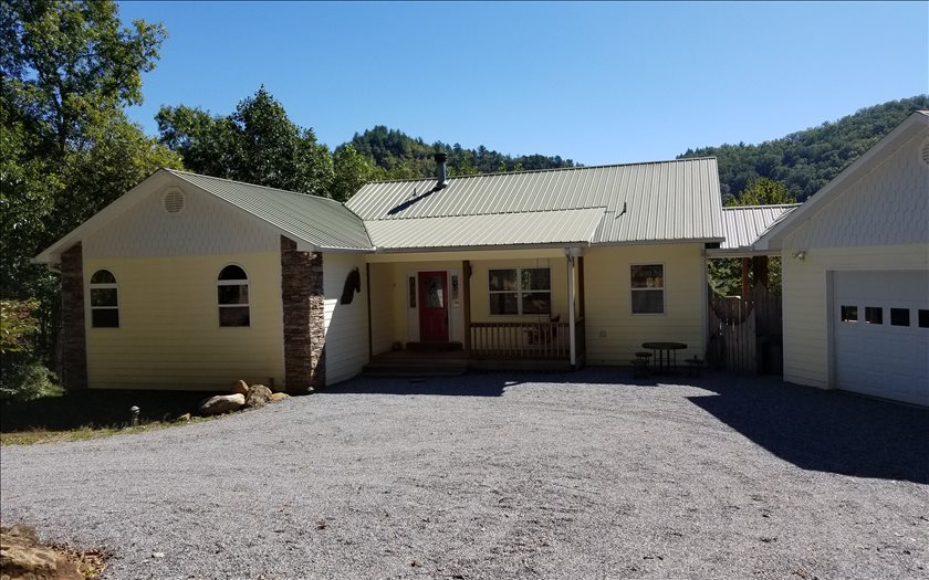 NC mountain property 409 MULE JUMP DRIVE,Hayesville,North Carolina 28904 ,Residential For sale,Residential,259259 mountain real estate