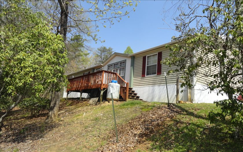 1376 QUALLA ROAD, Hayesville, NC 28904