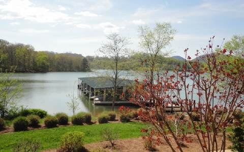 1407  LAKESIDE ROAD, HIAWASSEE, GA