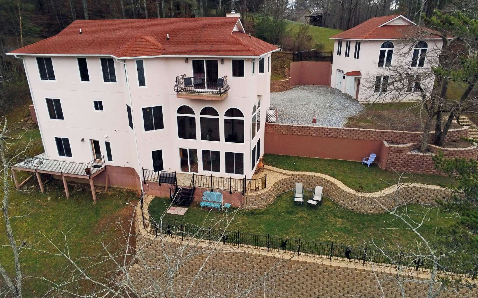 72  PINEY POINT RD