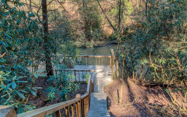 404  RIVER BEND TRAIL