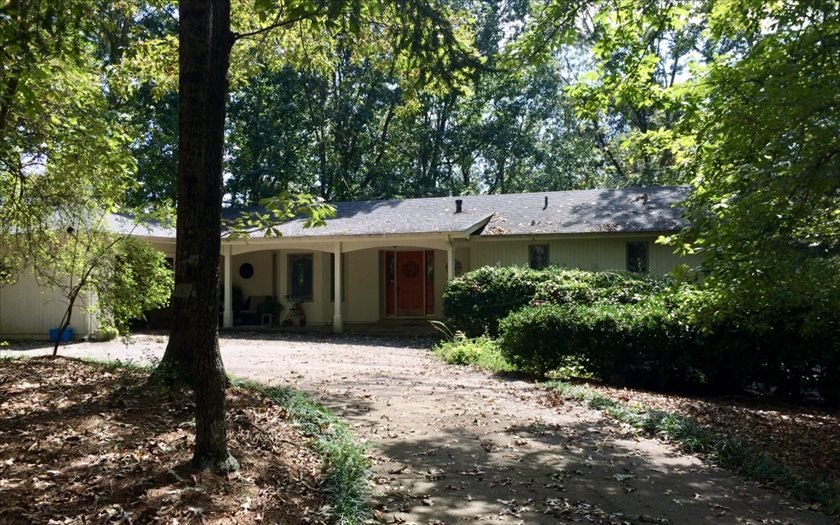 535  WESTWOODS DRIVE