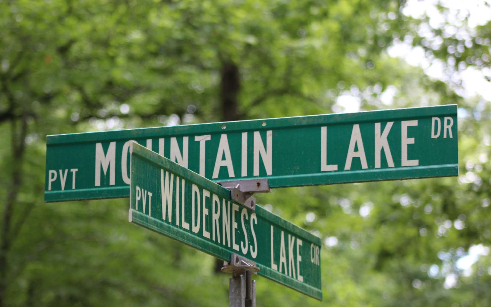 47  MOUNTAIN LAKE DR