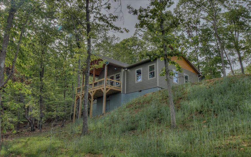Photo 2 for Listing #268073