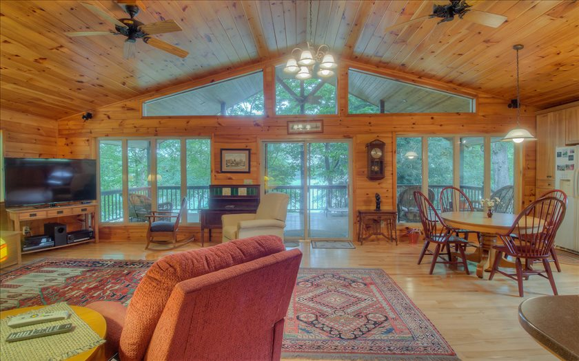 60 TWISTED PINE LANE, Blairsville, GA 30512