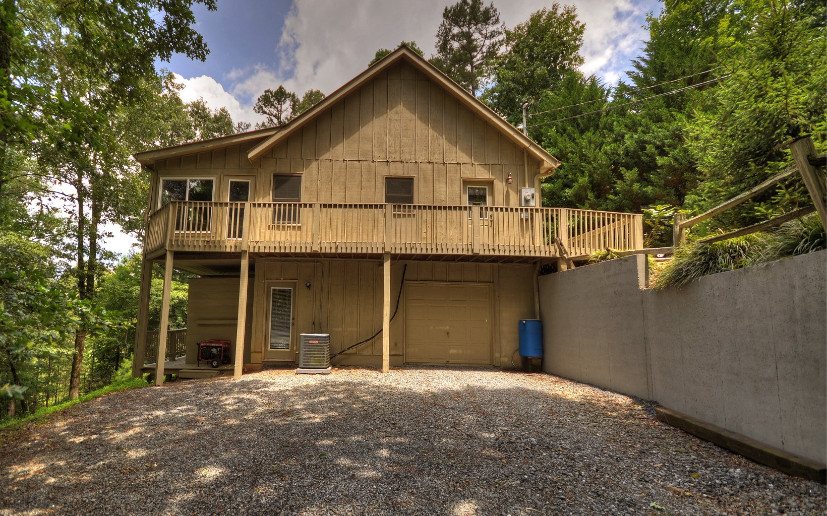 23  PACER CT