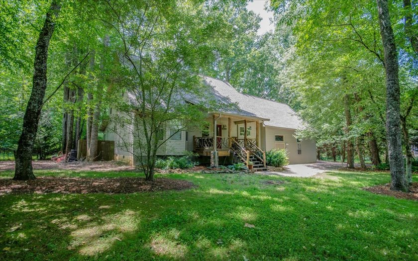 111 EAGLE FORK VALLEY, Hayesville, NC 28904