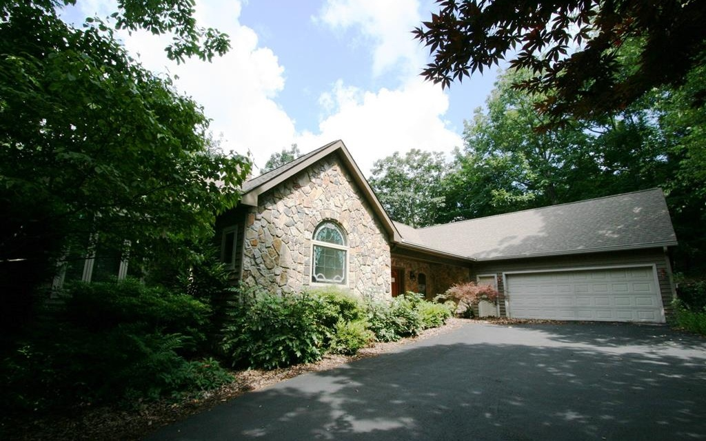 771  MCELROY MOUNTAIN DR