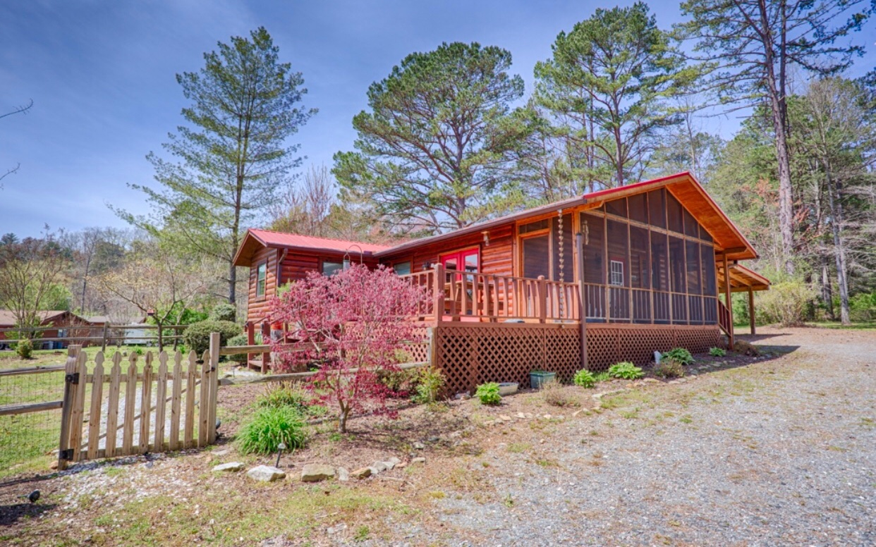 222  MOUNTAIN RIVERS ROAD