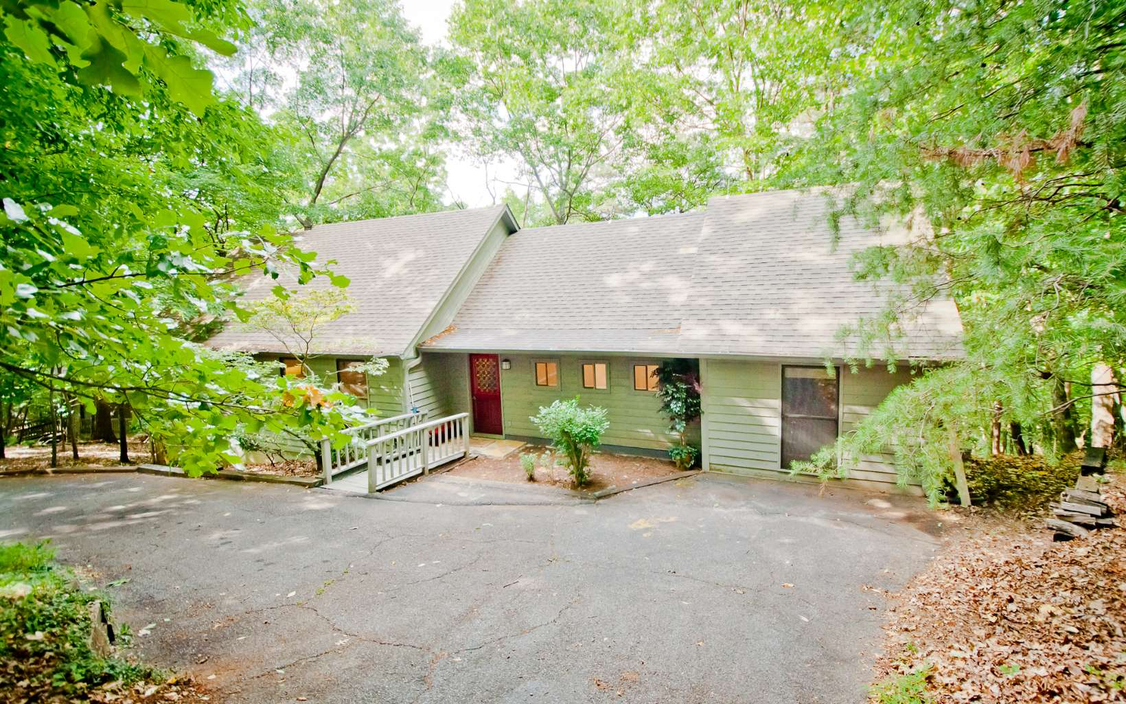 315  HUCKLEBERRY TRAIL